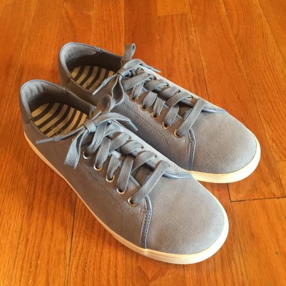 Nwot Vionic Brinley Sneakers Size